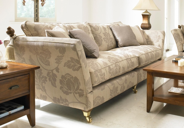 Add a truly special touch to your living room with this majestic knowle sofa.  With its generous proportions, you'll be able to seat all of your guests comfortably on this large settee, even if you've got a full house.