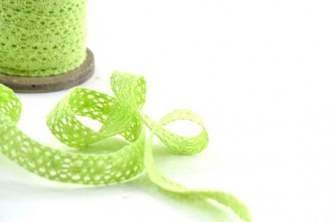 Merletti - Pizzo di Cotone Verde Mela mm.20 metri 5 - un prodotto unico di raffasupplies su DaWanda