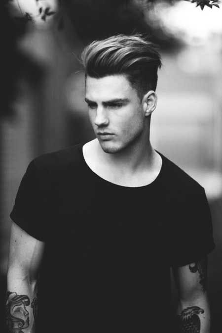 This is a cool hairstyle which you can easily try. It is easy to maintain and will also give you a cool look. Girls will go crazy for you after this trendy haircut.
