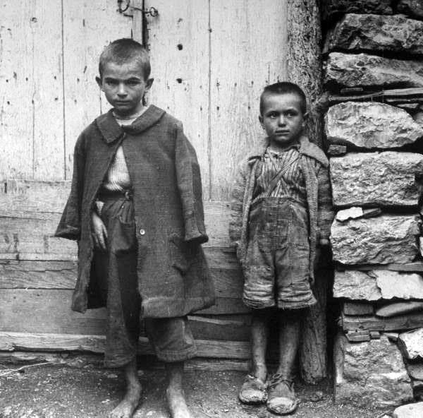 1944 ΥΠΟΣΙΤΙΣΜΕΝΑ ΕΛΛΗΝΟΠΟΥΛΑ ΦΩΤΟΓΡΑΦΙΑ Dmitri Kessel