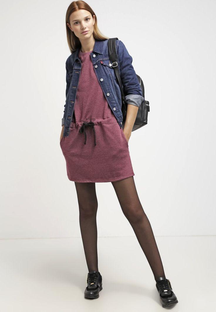 ¡Cómpralo ya!. TWINTIP Vestido de algodón bordeaux.  , vestidoinformal, casual, informales, informal, day, kleidcasual, vestidoinformal, robeinformelle, vestitoinformale, día. Vestido informal  de mujer color rojo oscuro de Twintip.