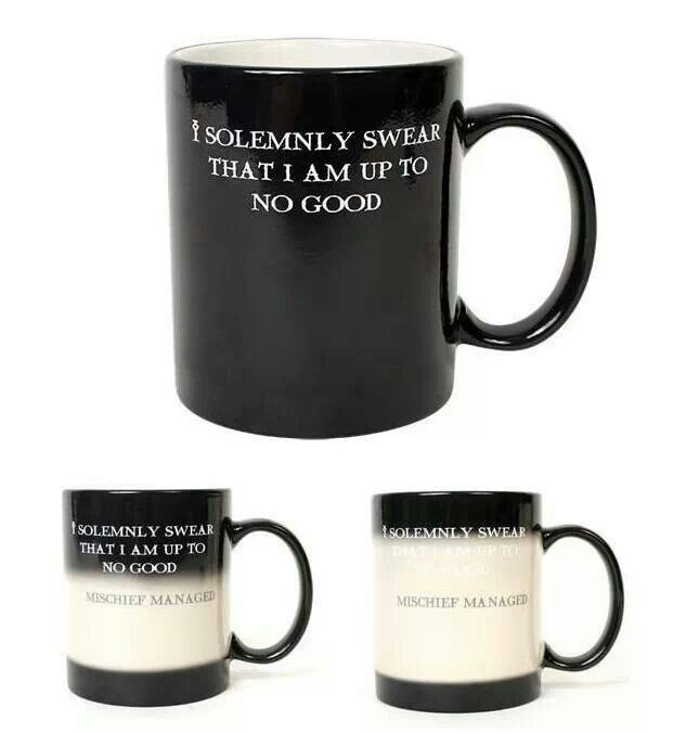 "#mug #harrypotter Turns white when you put something hot, and changes to ""Mischief managed"" ---I want it!"