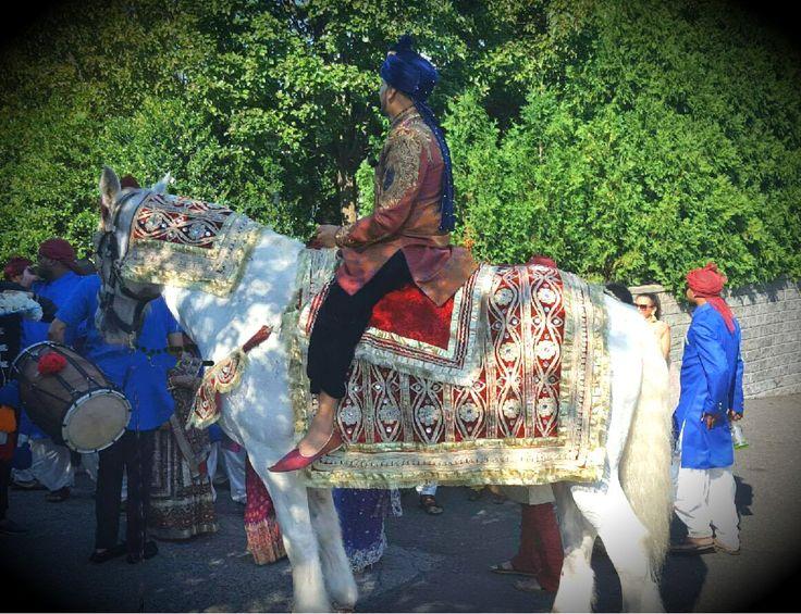 Asian carriage wedding