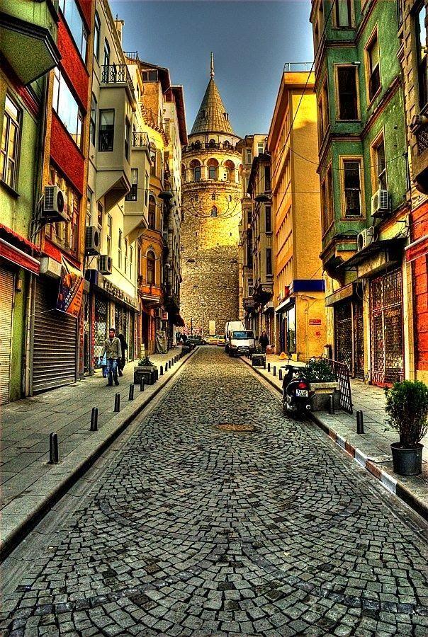 Dat Nature: Beautiful Buildings & Street In Istanbul