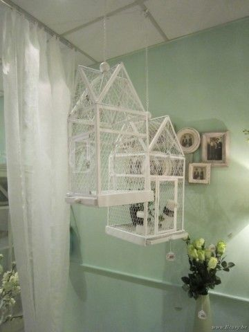 "J-Line Set van 2 witte hangende huisjes vogelkooien hangend wit metaal 70H <span style=""font-size: 0.01pt;"">Jline-by-Jolipa-57233-ensemble-de-2-suspensions-de-cages-en-metal-blanc</span>"