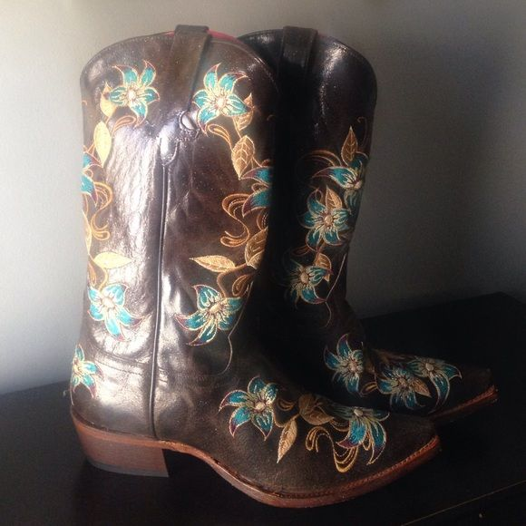 Cavender Boots Brown slightly glitter boots with floral embroider designer. Sharp toe. Size 10. Bought to impress a boy, worn once around Legends Mall to impress said boy. Excellent condition. Selling as I'm going back to South Africa and we don't wear cowgirl boots..... Shoes Heeled Boots
