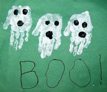 Halloween Handprint Craft #halloween #handprints #crafts #preschool #daycare