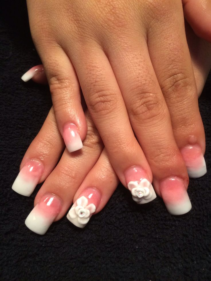 Ombré pink and white set with 3d desigm