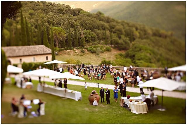umbria wedding location San Pietro in Valle. matrimonio in Umbria. Italy wedding