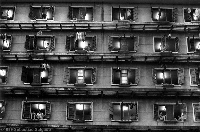Sebastiao Salagado, Favelas 1999