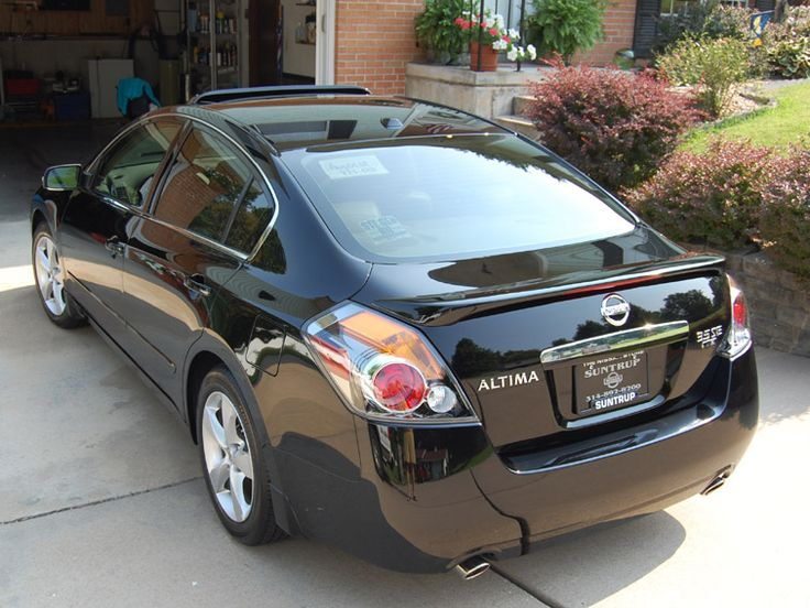 Black Nissan Altima..I think these are cute