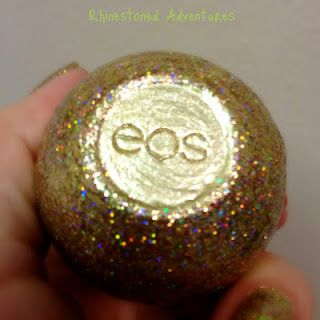 EOS gets GLITTER BOMBED. check out this super crafty twenty something turn her eos egg into a golden snitch-esk key chain!
