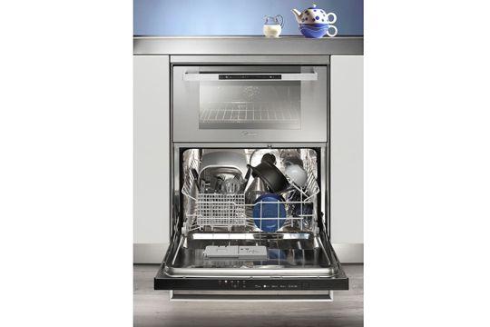 four (39 l) et lave-vaisselle (6 couverts) pour optimiser l'espace cuisson avec des dimensions standard (H 83,5/90 x L 60 x P 58 cm).