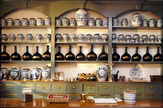 Pasteur & Galt 18th Century Apothecary Shop, Colonial Williamsburg