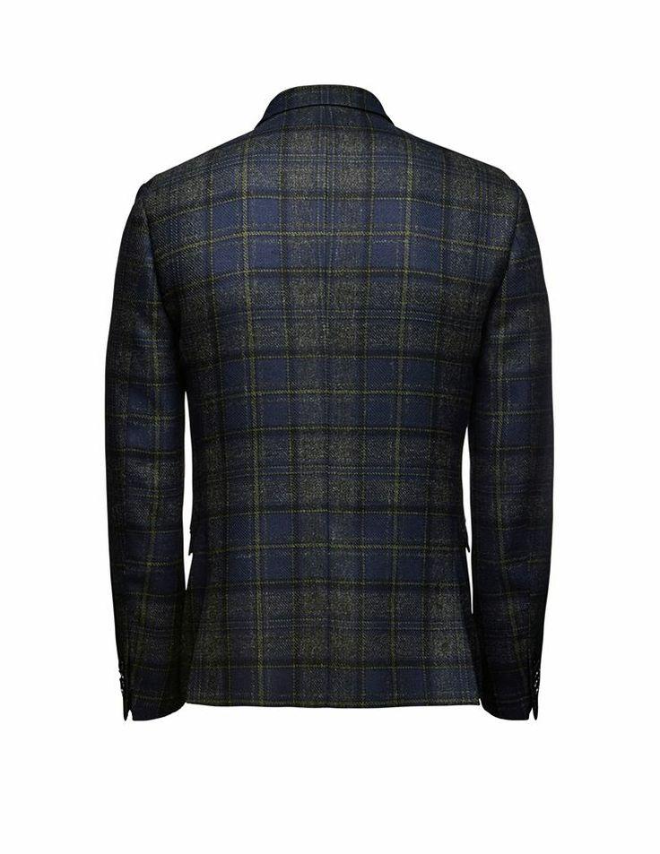 Tiger of Sweden.  Irvine wool blazer: http://tigerofswedenmontreal.ca/collection/irvine-wool-blazer/