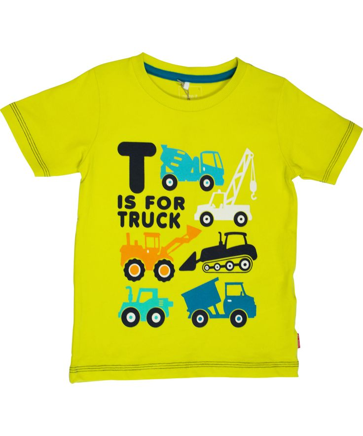 Name It zomers licht gele t-shirt met leuke vrachtwagens. name-it.nl.emilea.be