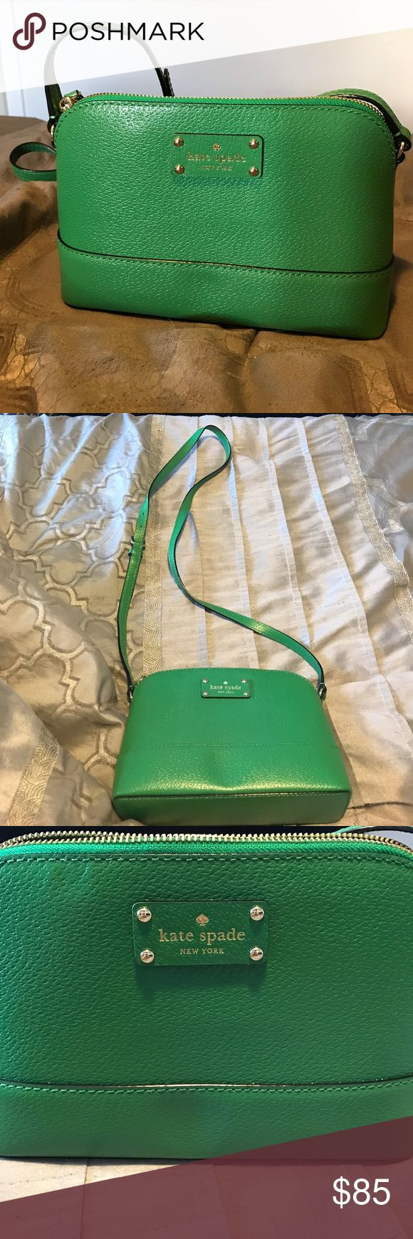 Kate Spade kelly green cross body handbag Brand new, never worn. Perfect condition kate spade Bags Crossbody Bags