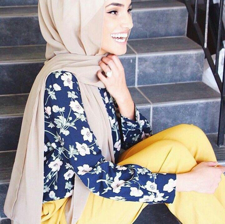 Yellow #pants #hijab