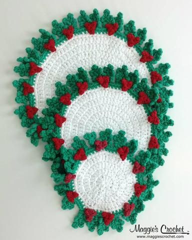 Picture of 20 Holly Hot Mats Crochet Pattern