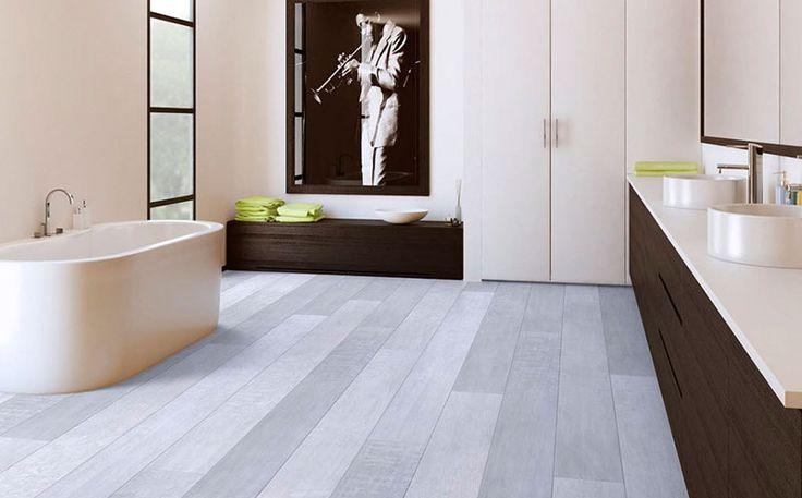 cuarto de baño con suelo vinilico