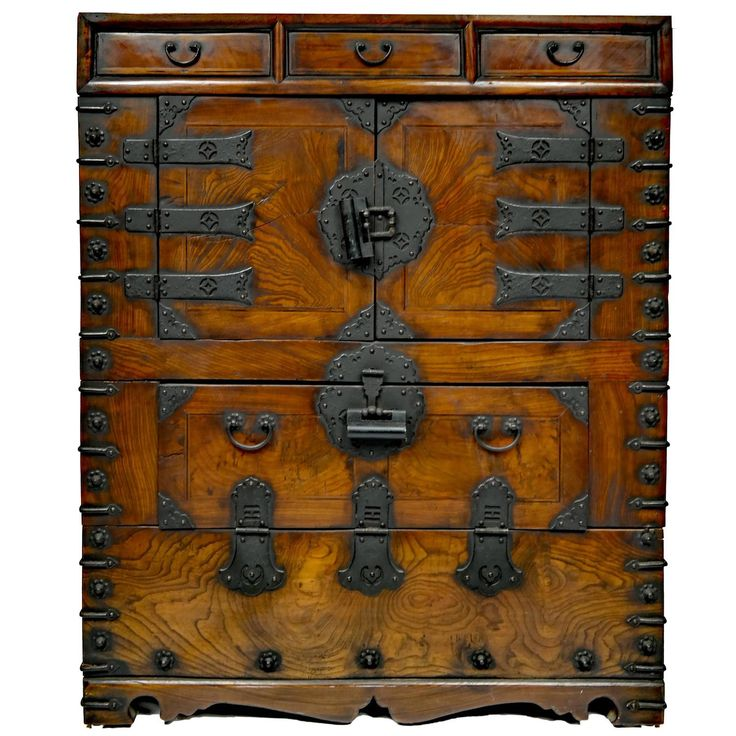 Korean Bandaji Scholar's Chest  Early 19th Century  Dimensions 41in.Hx34.25in.Wx13in.D 104cmHx87cmWx33cmD