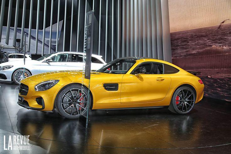"""Détail du """"sabot"""" rouge sur le côté & """"stries"""" graphique de la jante - La Mercedes-AMG GT - La Revue Auto"""