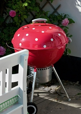 so much more exciting than my black weber grill...how cute is that!