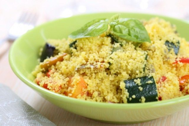 Cous cous al pesto: la ricetta fresca, veloce da preparare, per i pranzi e le cene in terrazza