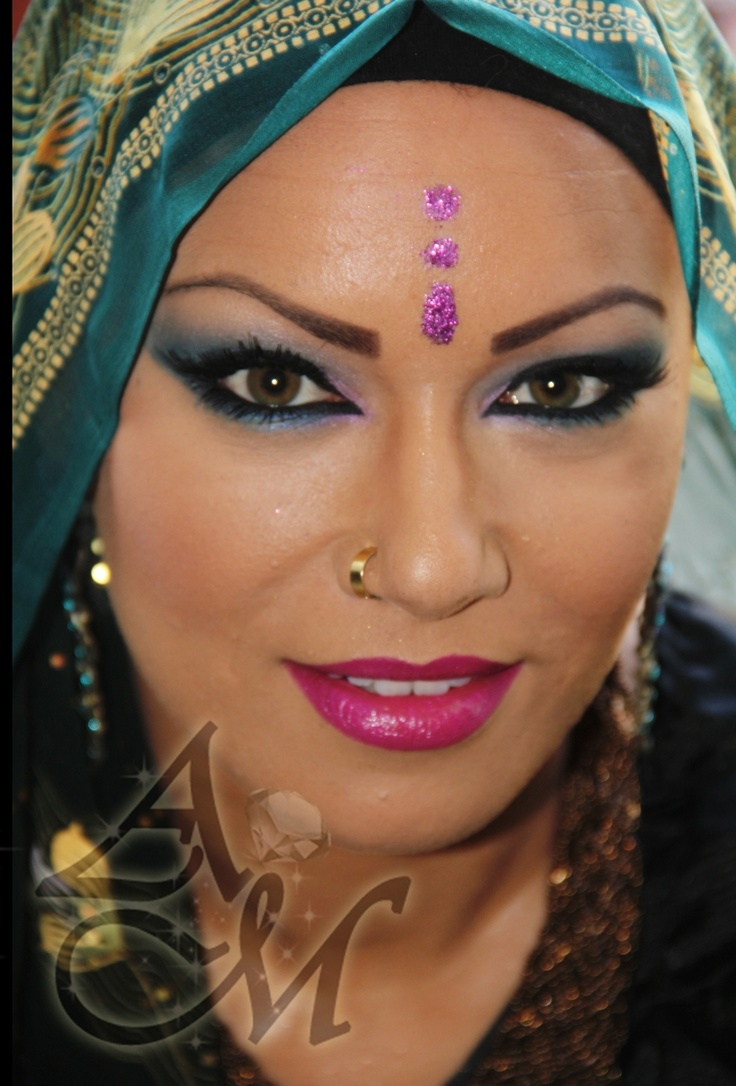 Best 25+ Bollywood Makeup Ideas On Pinterest | Indian Bridal Makeup Pakistani Bridal Makeup And ...