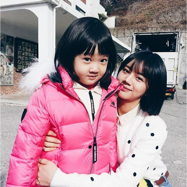The adorable little girl who plays Jin Joo in Reply 1988