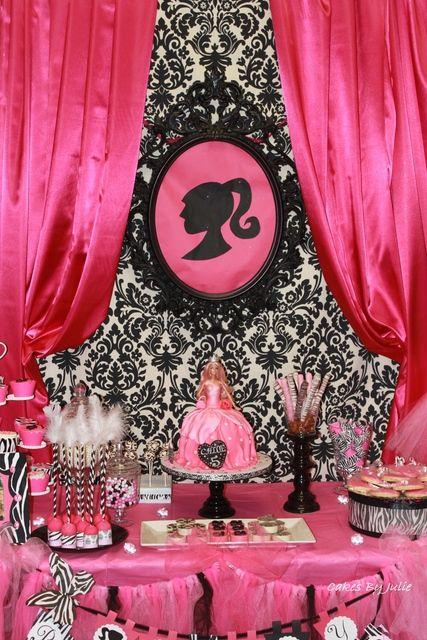 "Photo 2 of 19: Vintage Barbie / Birthday ""Chloe's 5th Birthday Party"" | Catch My Party"