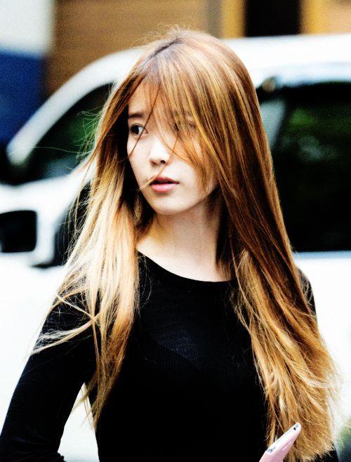 IU Hair very long with bangs korean hairstyle