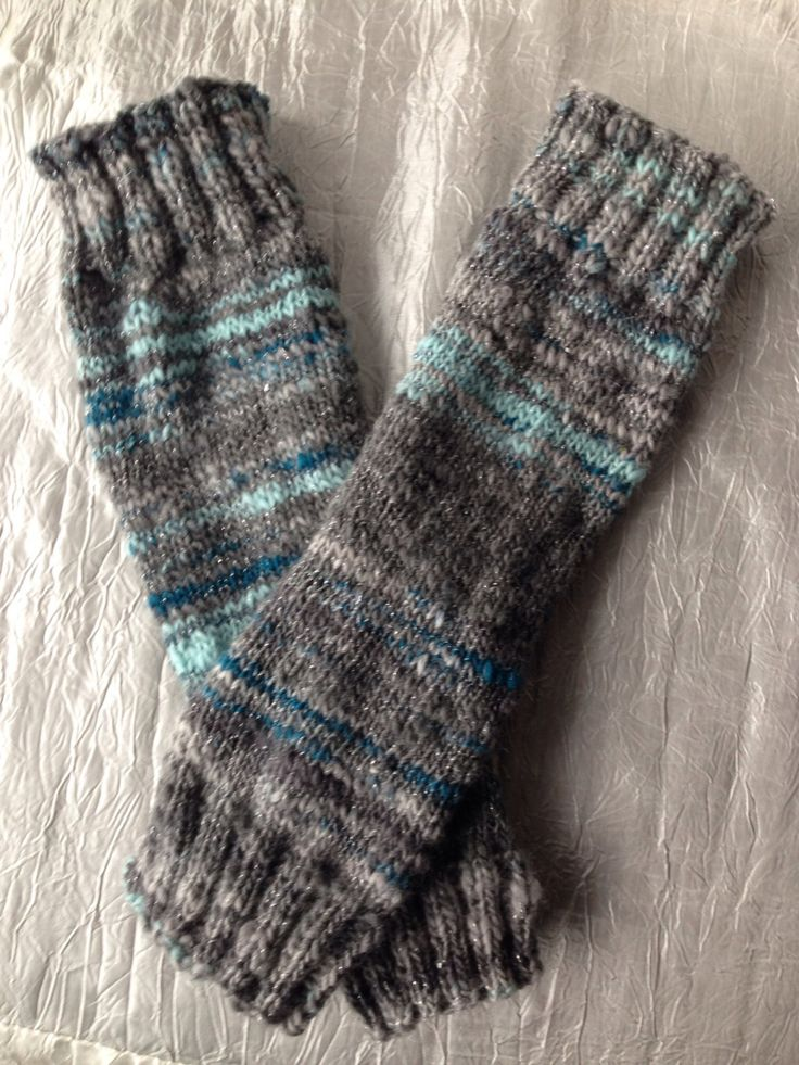 A pair of 11.5 inch  long wrist warmers, hand knitted from hand spun merino, based on Misty Mountains theme from LOTR, cosplay, sparkle by WoolnLove on Etsy