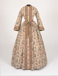 """Printed cotton """"dressing gown"""" [or wrapper],"""
