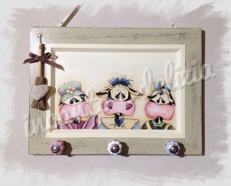 Specchio Sagomato Gatto Silvestro : Quadretto appendino con pomelli in ceramica e disegno di