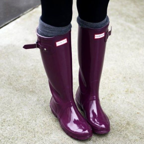 Purple/ Burgundy Hunter Boots Anyone interested in these? I've had them a year and have only worn once, I would like to get a black pair  Hunter Boots Shoes Winter & Rain Boots