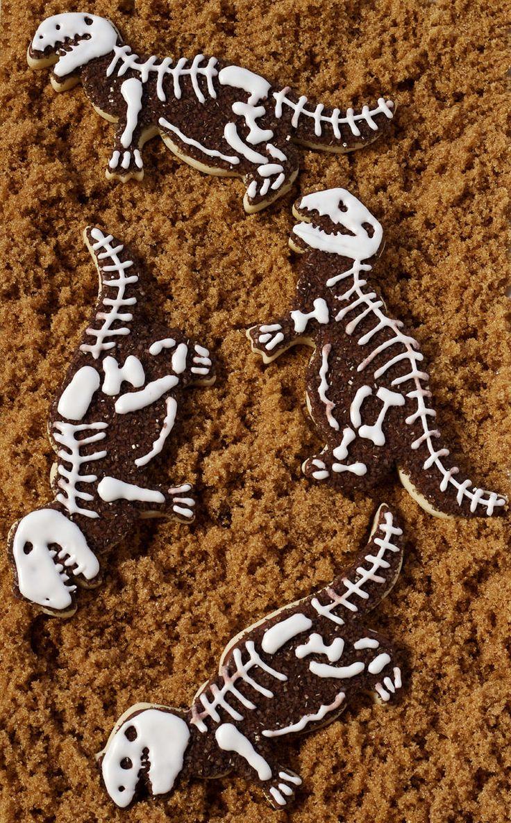 Simple Dinosaur Cookies -Sugar Cookies Decorated with Royal Icing