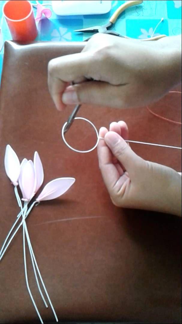 How to make stocking-flower (Dendrobium) by www.ployandpoom.com 1/2