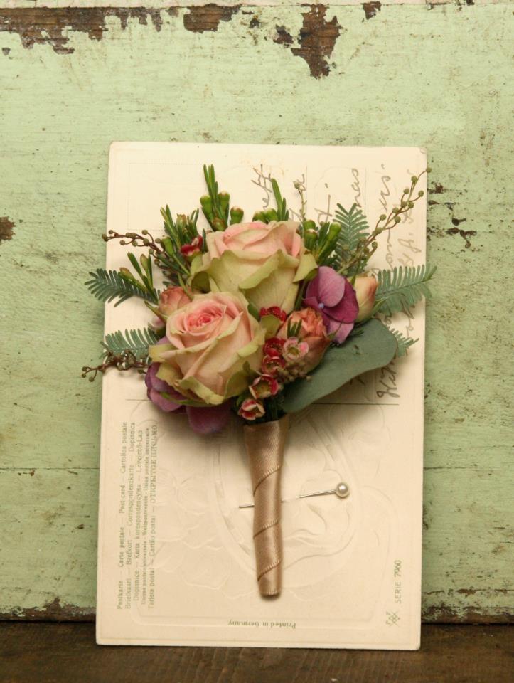 Vintage Bride ~ Scarlet & Violet Florists , London ~ #buttonhole