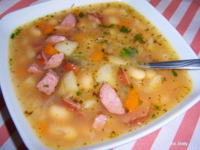 Zupa fasolka - fasolę trzeba namoczyć