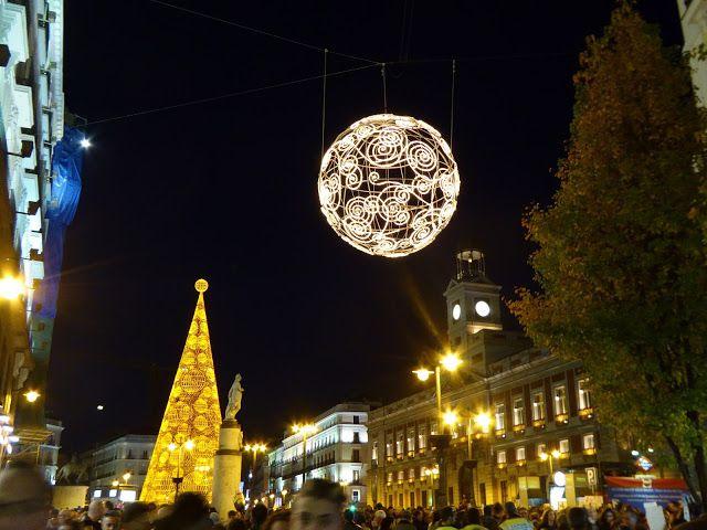 DESEMBUCHES GATUFO: Froehliche Weihnachten und ein gluckliches Neues J...
