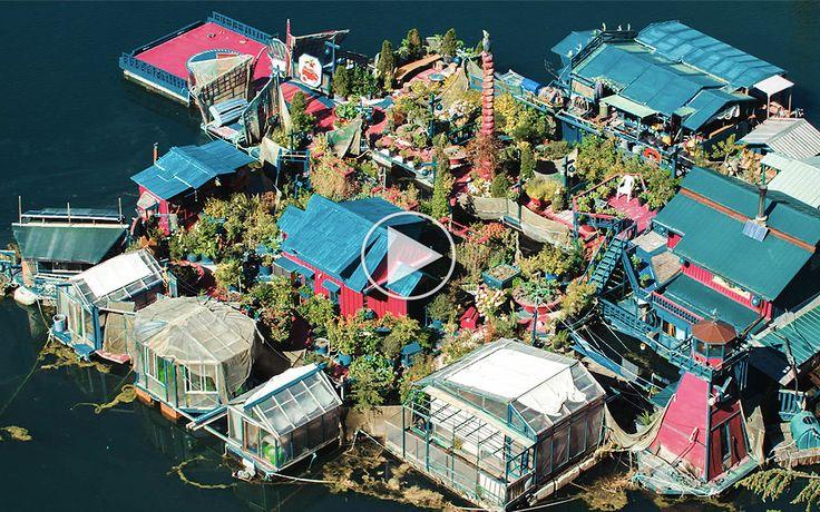 Alternativt ægtepar har bygget deres egen ø