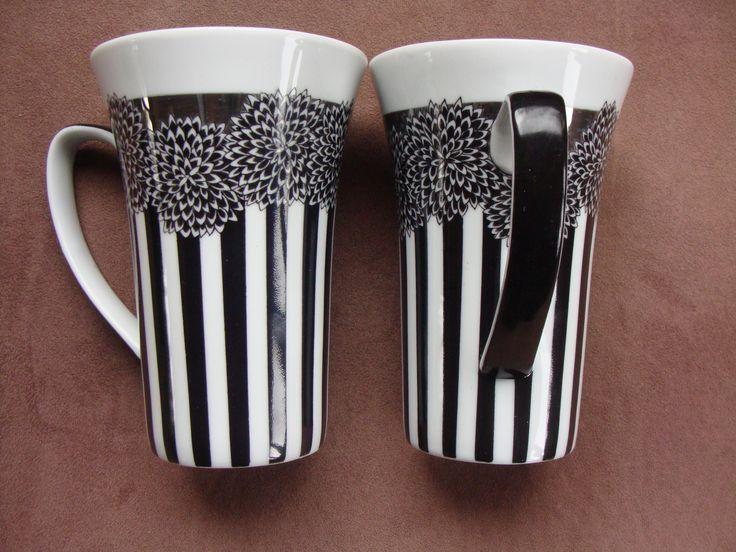 17 meilleures id es propos de tasses peintes la main sur pinterest tass - Peinture pour vaisselle ...