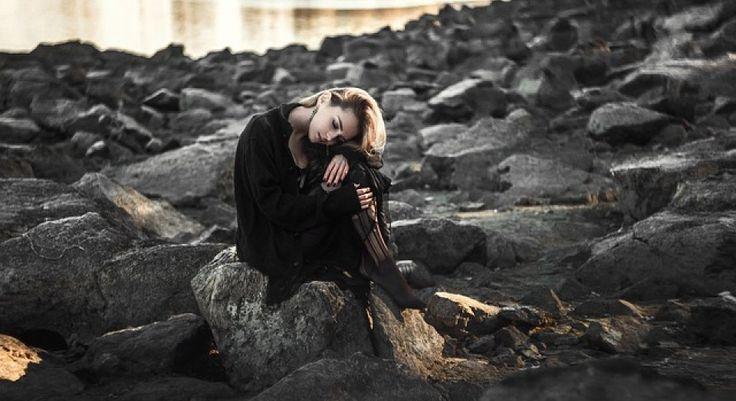¿Cómo se trata un caso de depresión desde la terapia cognitivo-conductual? Conocemos las fases de terapia que siguen los psicólogos para combatir la depresión.