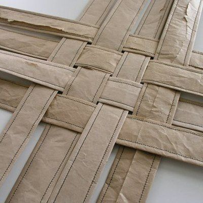 Petit panier en tissage de papier recyclé