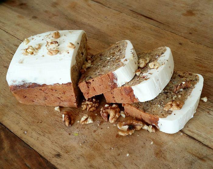 Ingrediënten 250 gram volkoren tarwebloem 15 gram baking soda 115 gram kokosolie 2 theelepels kaneel Snufje (zee)zout 100 gram walnoten 90 g...
