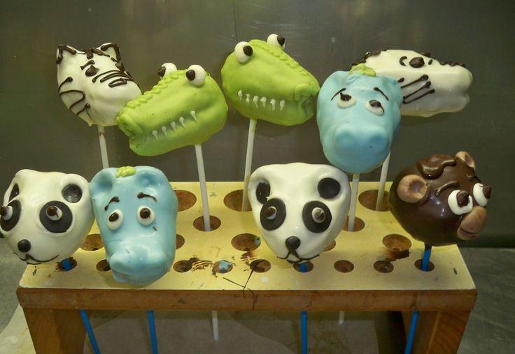 jungle animal cake pops www.elisabethscake.com.au