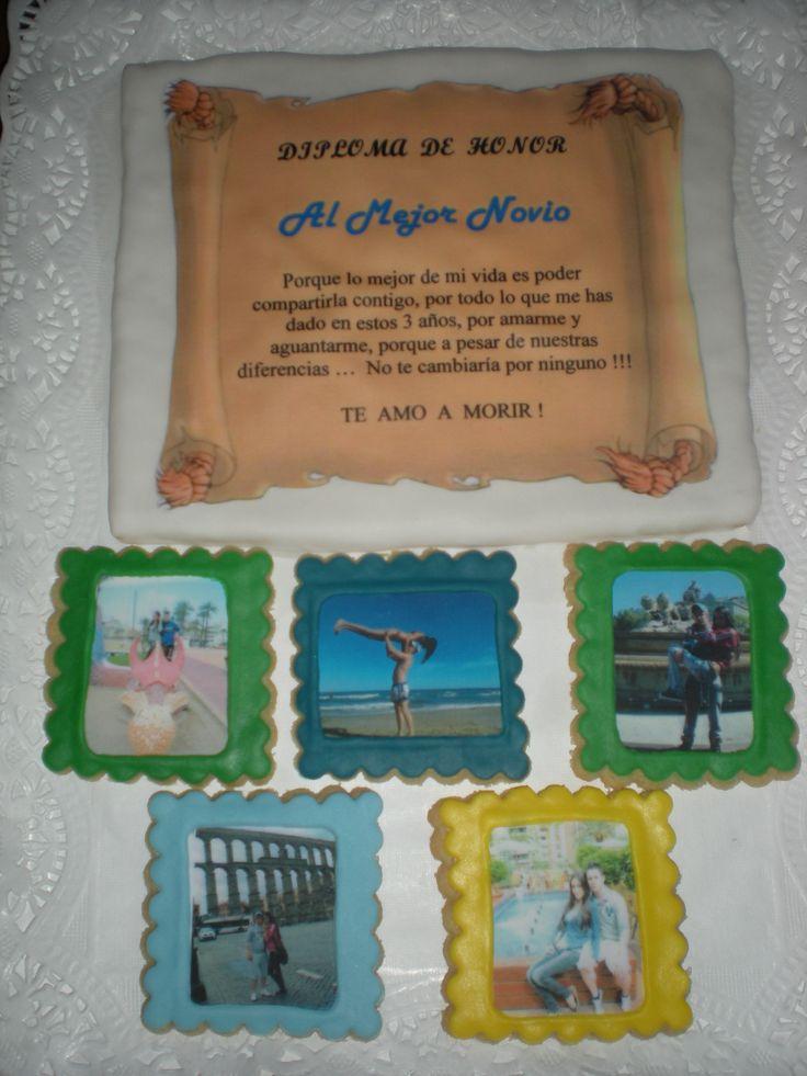 Un diploma para su chico, con fotos de los dos, para celebrar su tercer Aniversario!