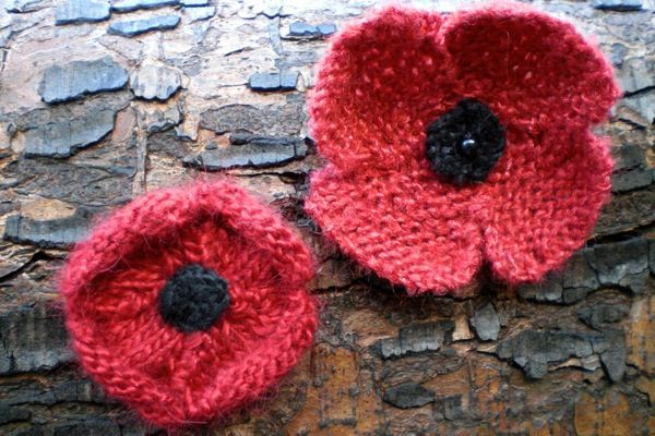1000 Images About Knitted Poppies On Pinterest Winter