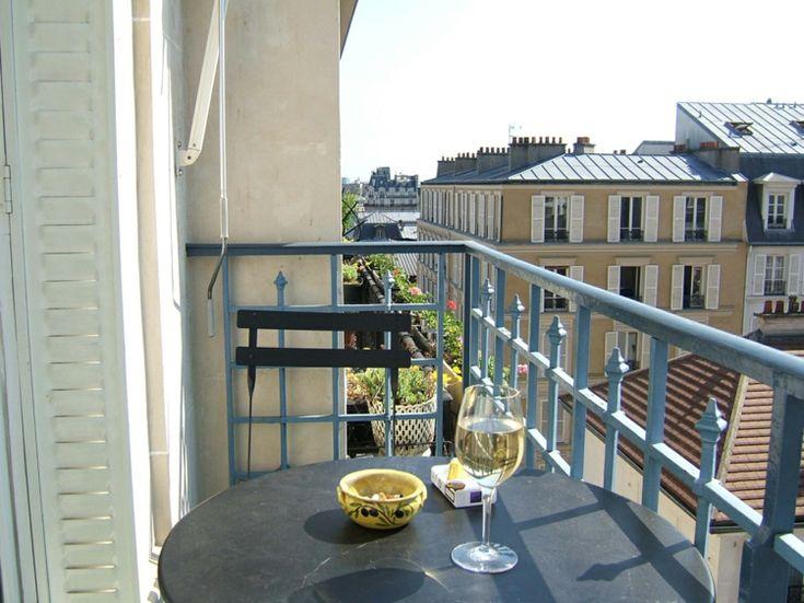 best 25 balkonm bel f r kleinen balkon ideas on pinterest. Black Bedroom Furniture Sets. Home Design Ideas